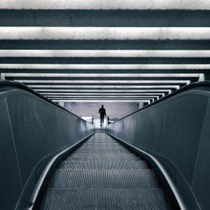 Światełko w tunelu dla hoteli i galerii handlowych!