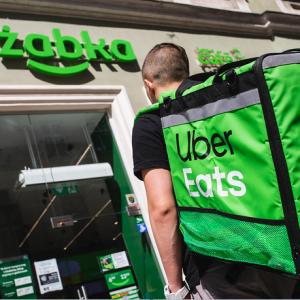 Żabka nawiązała współpracę z Uber Eats!