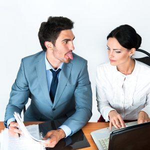 Odejście pracownika dokonkurencji – jak się zabezpieczyć?