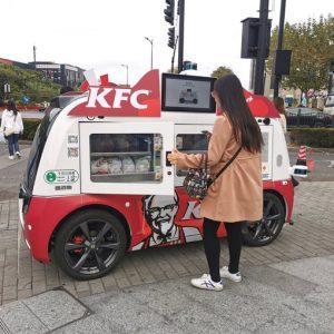 Kolejny sposób na pandemię - autonomiczne food trucki KFC w Chinach!