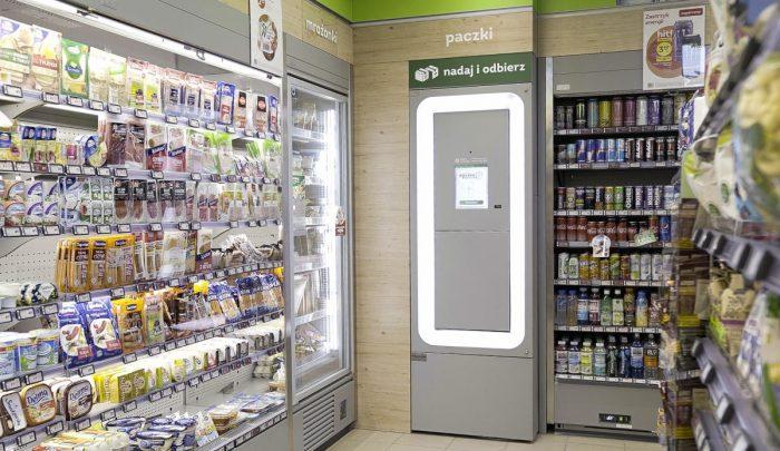 """Żabka Największy franczyzobiorca Subway w Polsce ma już 44 lokalizacje! W sklepach """"pocztowych"""" nie będzie można sprzedawać alkoholu? - flesz tygodnia"""